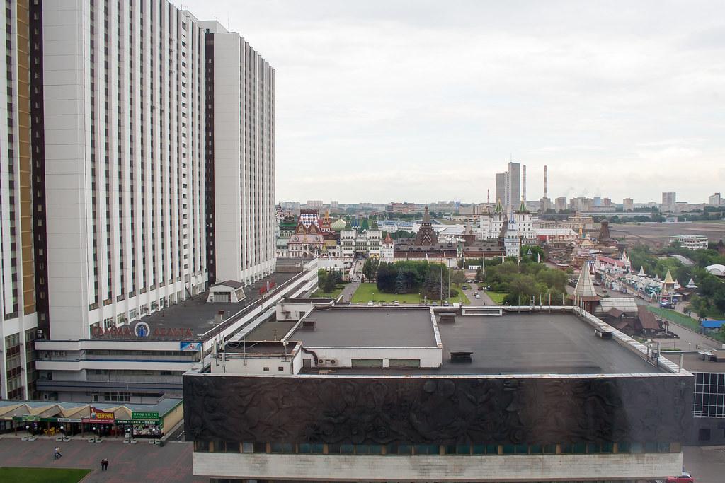 Москва. Центр. Вид из окна гостиницы на Измайловский кремль