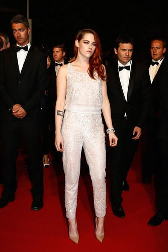 kristen-stewart-chanel-couture-pants