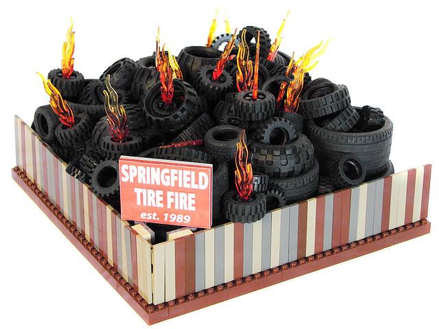 LEGO Springfield - Springfield Tire Fire