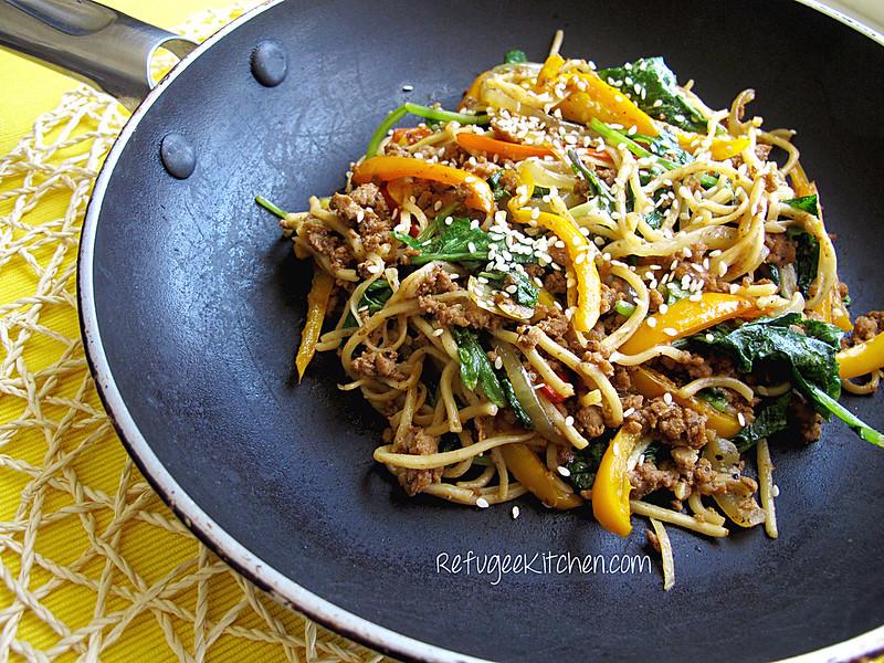Mee Cha - Stir Fried Noodles w/ Turkey and Veggies