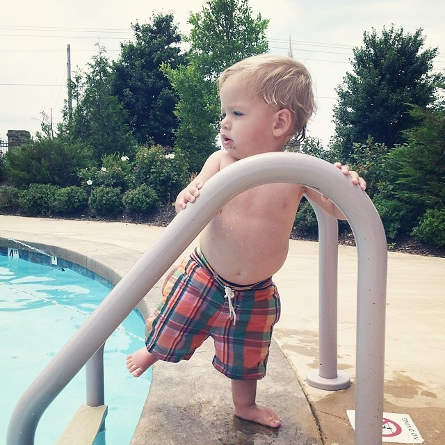 Little dude is sly in his attempts to swim solo in the deep end. Also, this was my favorite find at @rhealanasofnwa this past spring. $5 for Ralph Lauren baby swim trunks that make the ladies swoon  ;-) can't wait for the fall sale! #rhealanasofnwa