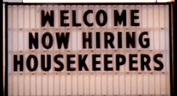 Super-8-NOW-HIRING-HOUSEKEEPERS--Williston-(detail)
