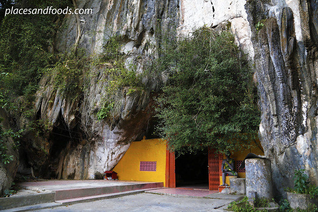 phatthalung phra khao chaison temple cave