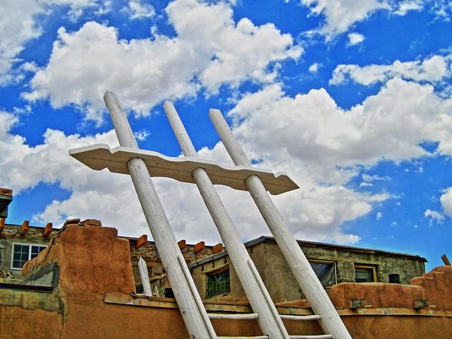 Acoma Pueblo Kiva HDR 2-20100621