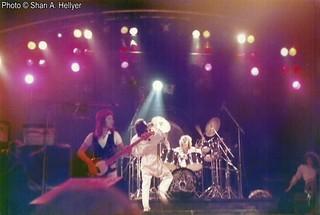 Queen live @ Liverpool - 1977