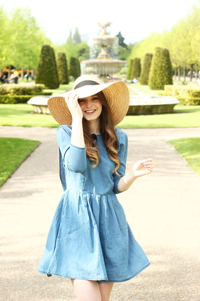 Spring Denim smock floppy straw hat outfit