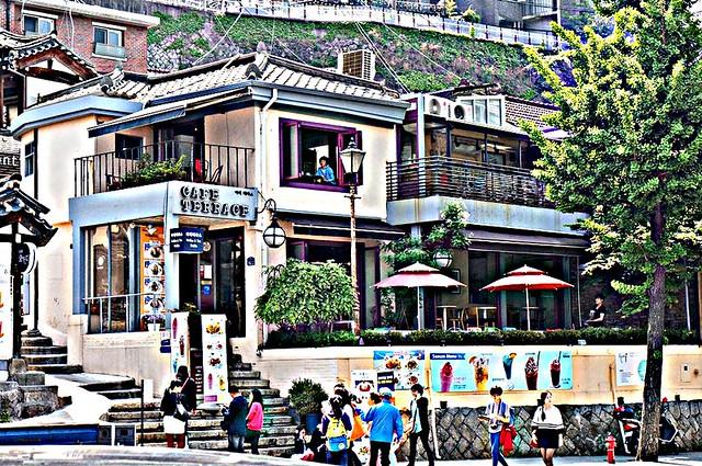 Seoul, Korea - Nostalgic Charm in Urban Seoul - Samcheong-dong 2