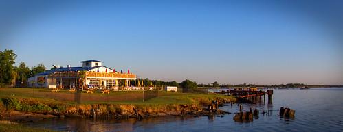 house wheel river texas restaraunt neches portneches