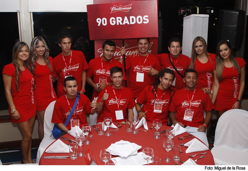 Ganadores de la Copa Budweiser 6V6