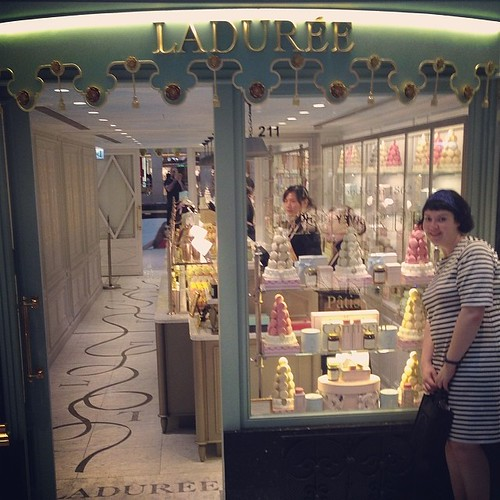 Drooling over macarons!