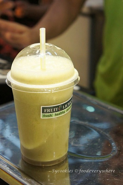 6.fresh juice usj garden shop -thirst away honey dew and pear