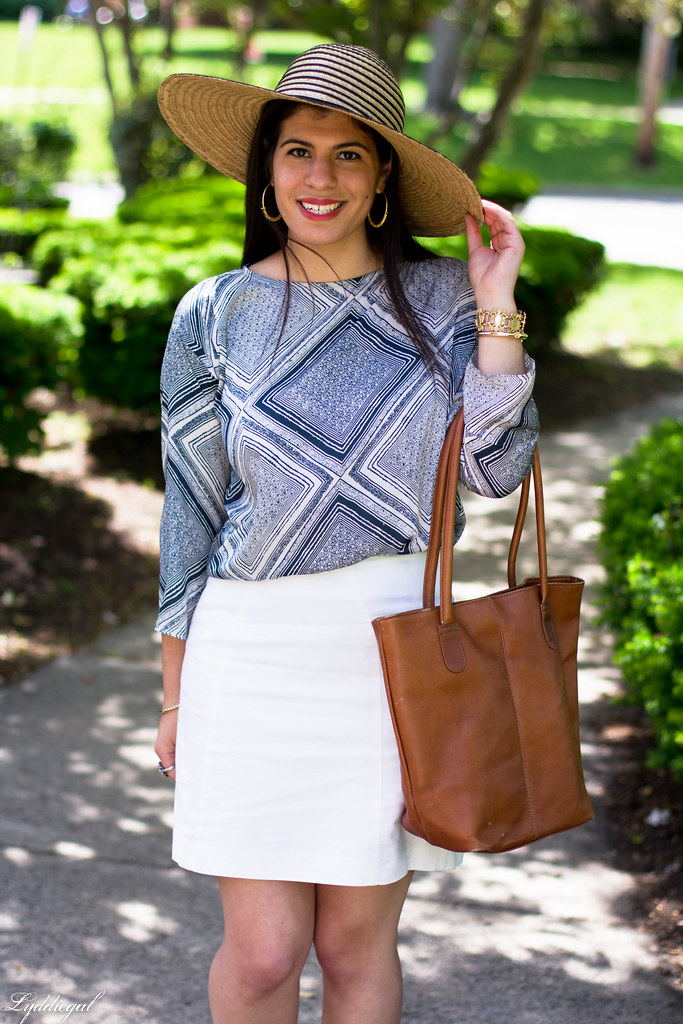 white pencil skirt, printed blouse, floppy hat-3.jpg