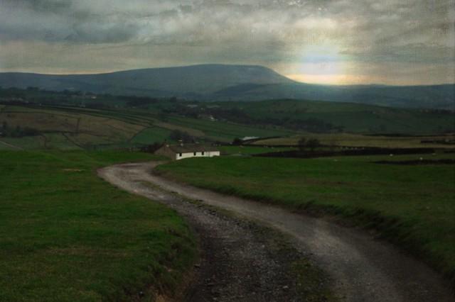Pensle hill overlooks everything, Fujifilm FinePix AV110