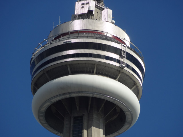 cn-tower-top