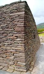 Corbeled walls