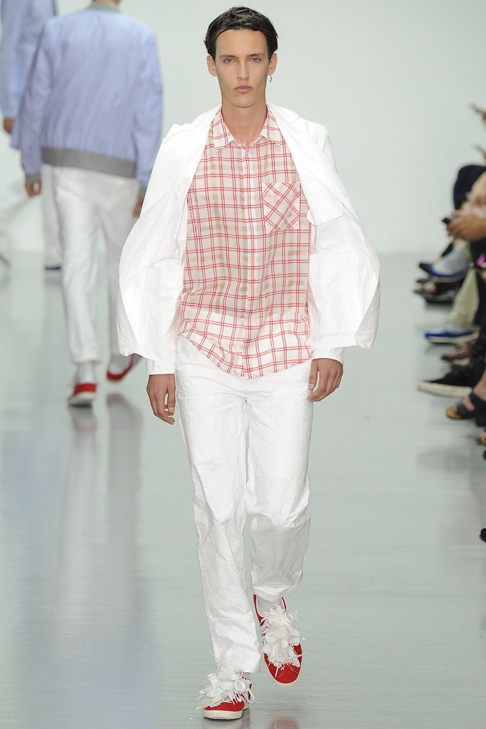 SS15 London Richard Nicoll016_Dzhovani Gospodinov(VOGUE)