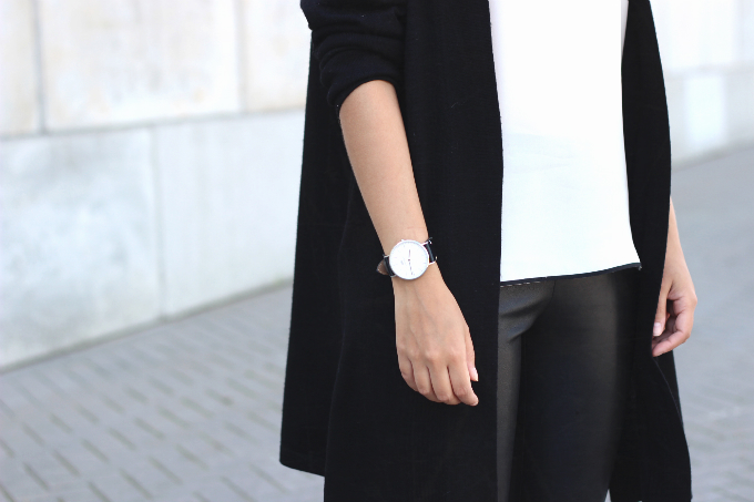 Outfit-Daniel-Wellington-black-watch