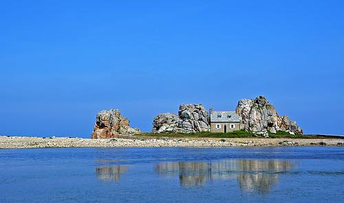 Castel Meur, the house between the rocks