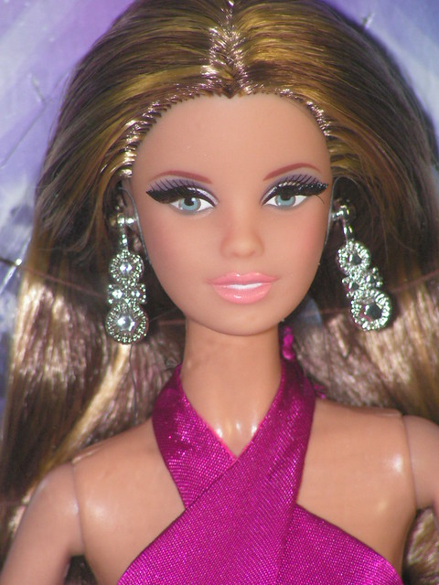 2013 The Barbie Look Red Carpet Aphrodite Magenta Gown BDH28 (5)