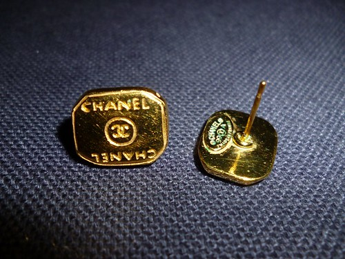 vintage chanel earring 4