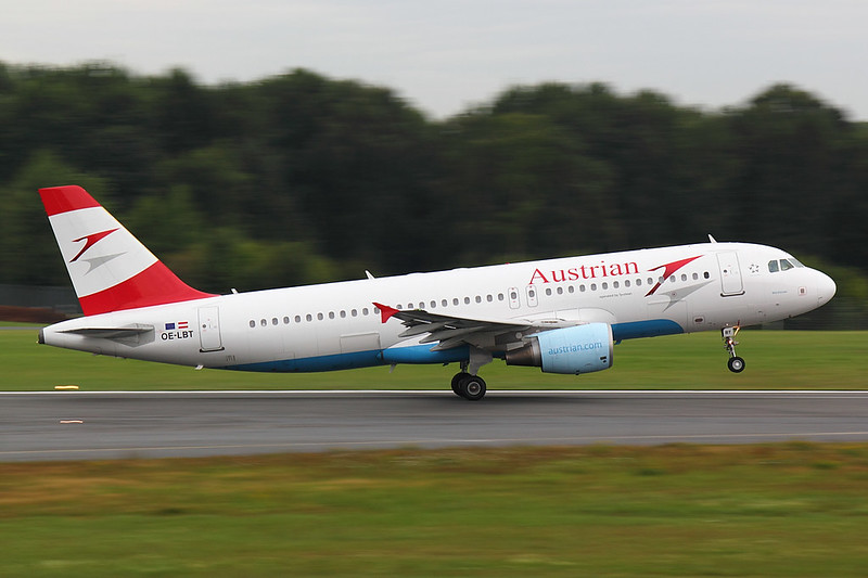 Austrian Airlines - A320 - OE-LBT (1)