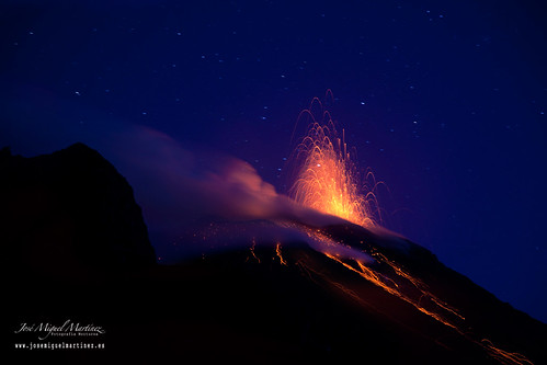 Nighttime eruptions of Stromboli