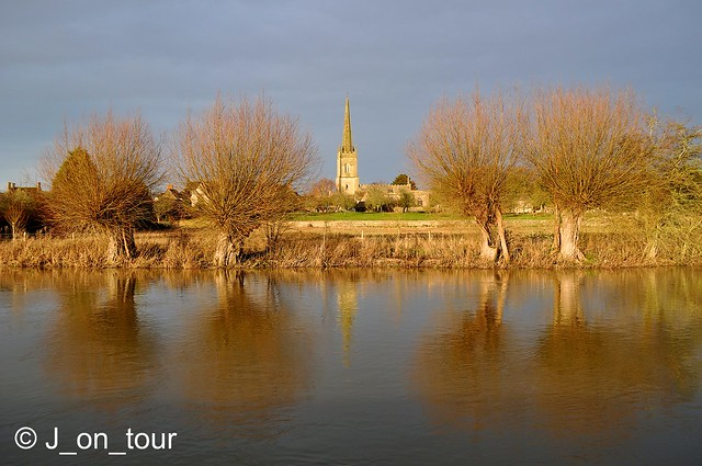 Lechlade on Thames   GJC_014929