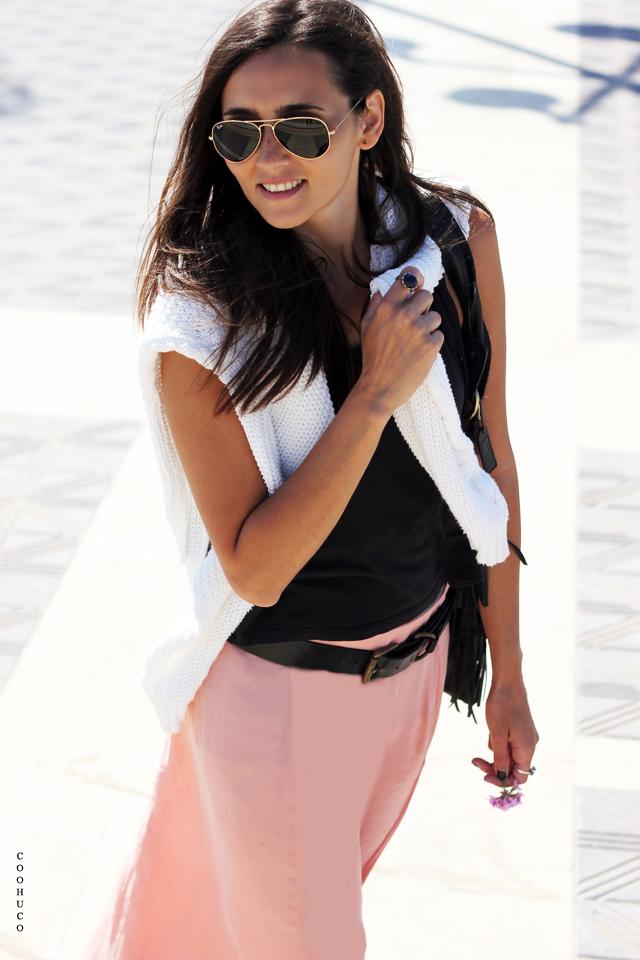 pink skirt blogger 1