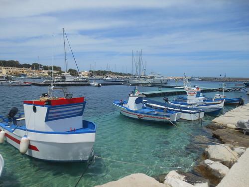 Il porto e i pescherecci