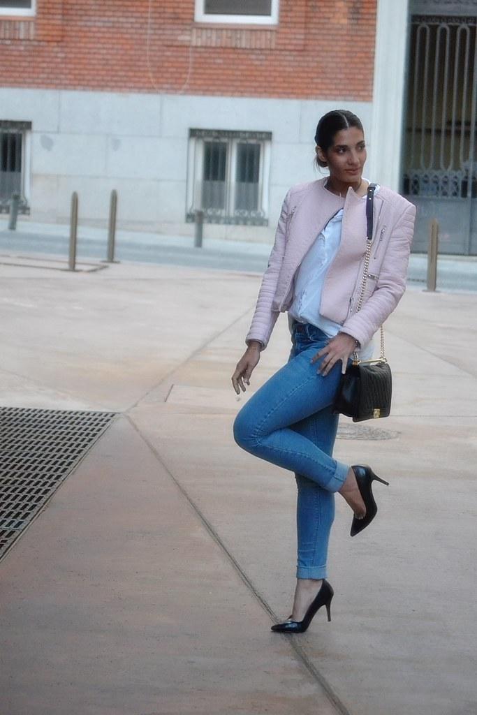 jeans y camisa