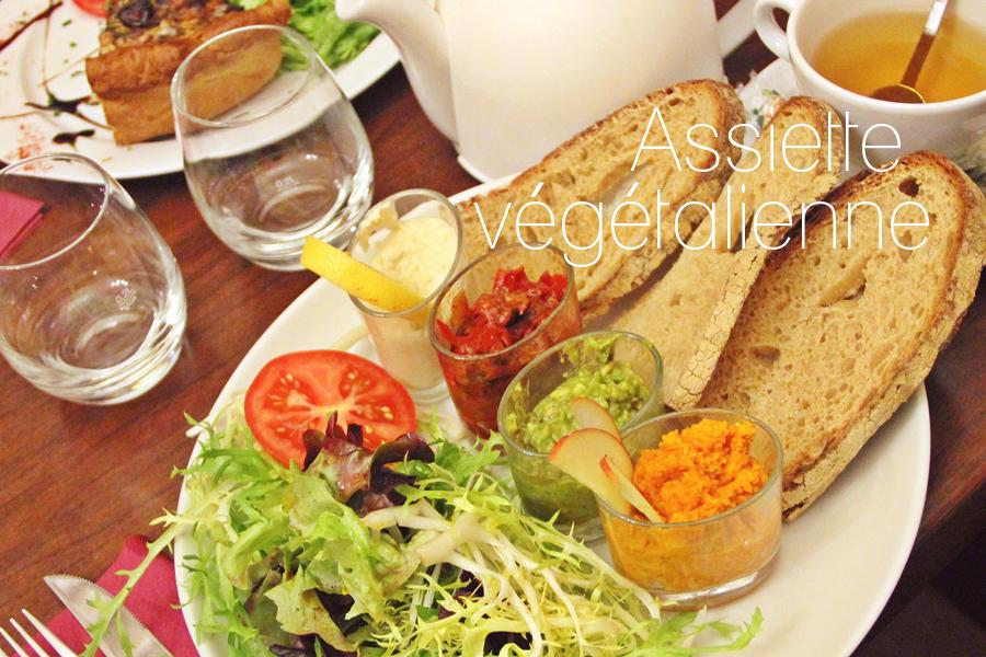 Cafe des Chats (5)
