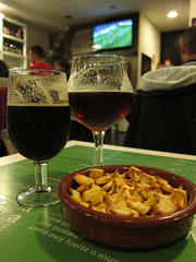 snacks, beer and futball