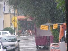 Ψίνθος η βροχερή ημέρα του Αγίου Πνεύματος 2014