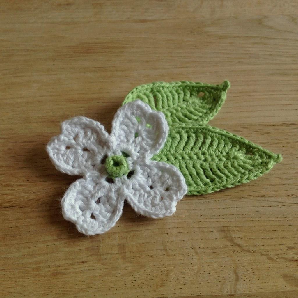 Suvi\'s Crochet: Dogwood Flower and Leaf