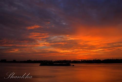 red sky cloud river nikon dusk d3000
