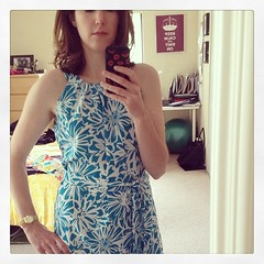5/26 #mmmay14 dress I made six years ago, when I started to get back into sewing again. Forgot how much I like this neckline, even though I have to wear a strapless bra #sewing