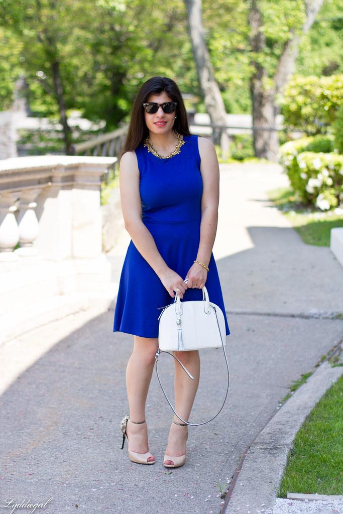 little cobalt dress, white bag.jpg