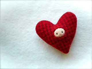 HEART: Red Houndstooth