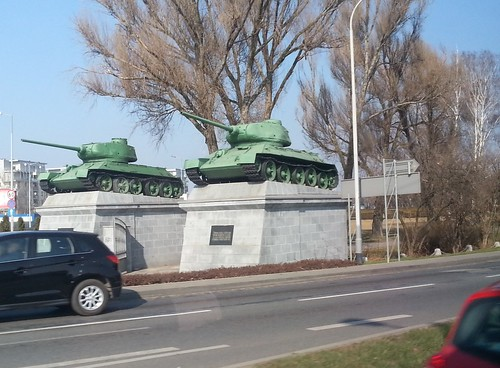 T34-85's guarding the Wroclaw roads