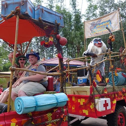 Mickey's Jammin' Jungle Parade。