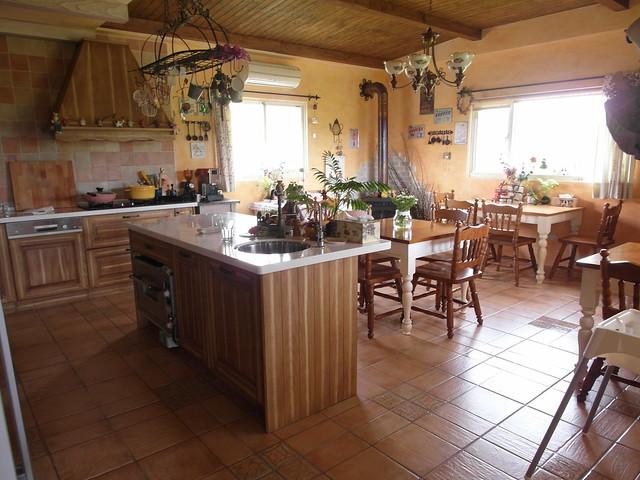 許多人心目中的夢幻廚房!流理台可以直接取用淨水器飲水與熱水@宜蘭心森林民宿1N