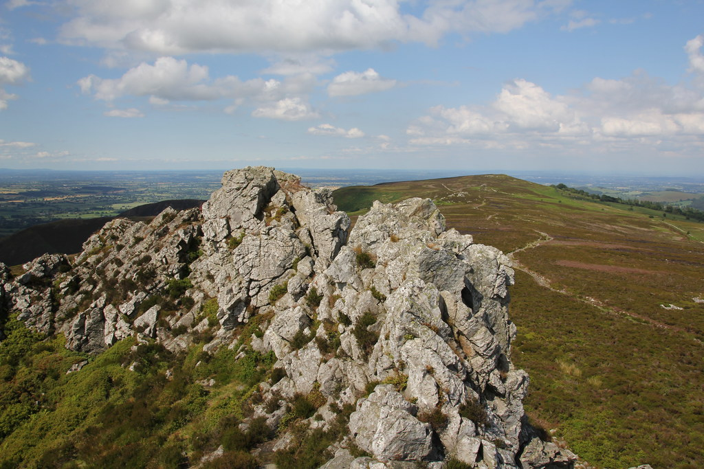 stiperstones, shropshire, bridges, kinnerton, birchope, linley hill, nipstone rock, manstone rock, cranberry rock, devils chair, hollies, shepherds rock, rock house