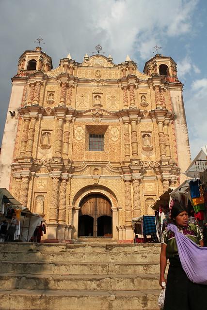 San Cristobal de las Casas, Santo Domingo church by CC user azwegers on Flickr