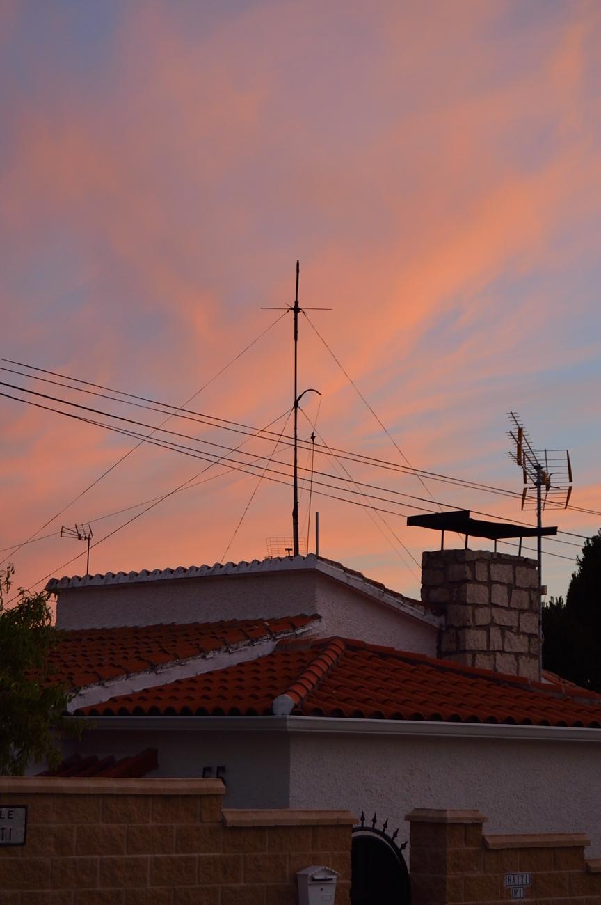 lara-vazquez-madlula-blog-summer-sunset