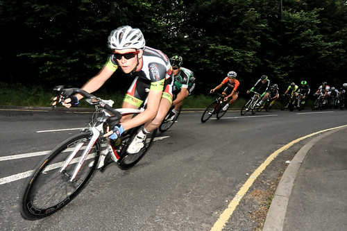 Lizzie Armitstead in the mix in the Men's Cat 1 + 2 race.