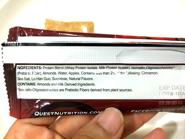 Quest Bar review - Apple Pie-004