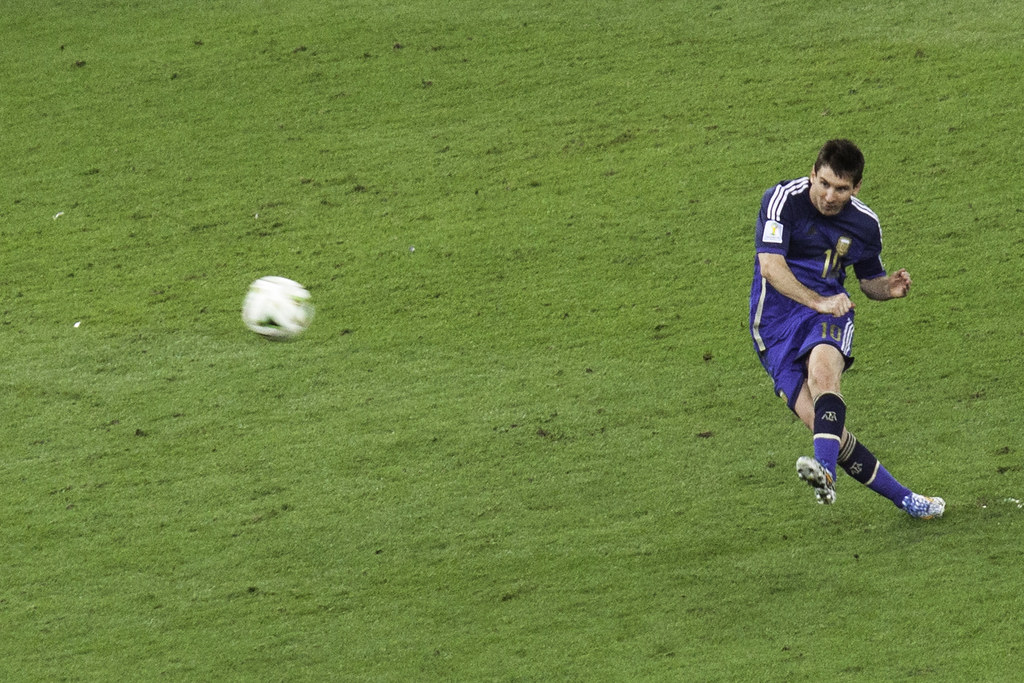 Lionel Messi World Cup Golden Ball | 140713-9163-jikatu