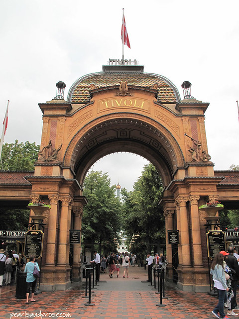 Cope_Tivoli_entrance
