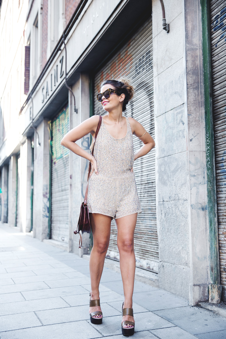 Daytime_Sequins-Gold_Jumpsuit-Zara-Street_Style-Collagevintage-24