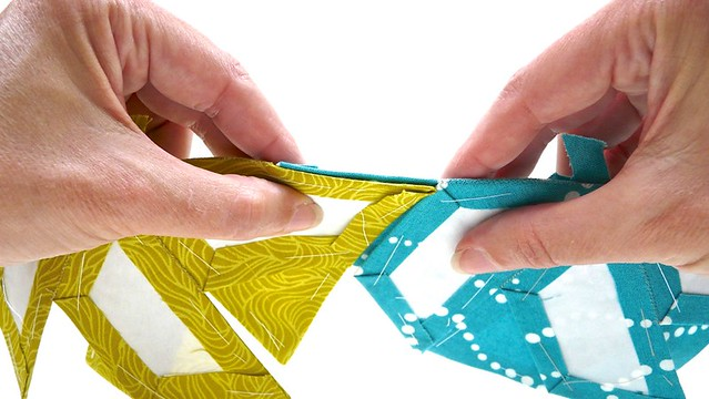 Half Hexie Star Table Runner Tutorial